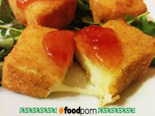 Brie cheese fried